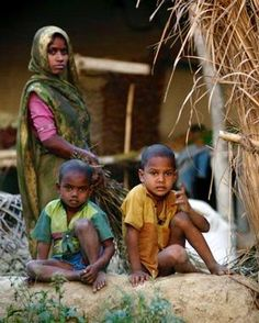 Dalits in a village in India People Around The World, Around The Worlds, Mother India, Indian Colours, India People, Religious Studies, African Diaspora, The Way You Are, Incredible India