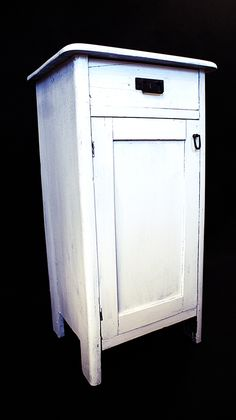 New style cabinet from BI.EL