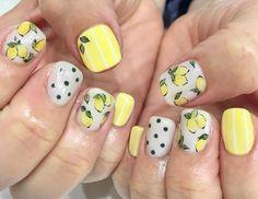 30 Yellow Nail Art Ideas for short nails