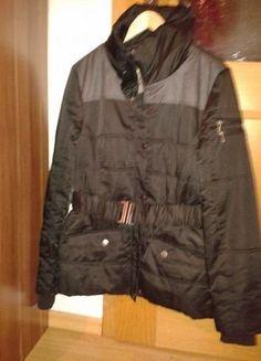 Kupuj mé předměty na #vinted http://www.vinted.cz/damske-obleceni/kratke-kabaty/8350524-damsky-kabatek-urban-surface