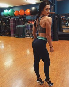 "thefitally: "" New video up on my channel: Ally Stone! A physique update, my @gymshark @gymsharkwomen try-on, and a Back & Bicep workout! (one of my all time favorite days) I have spent the past year building my own workout program that I have been..."