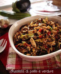 Insalata di pollo e verdure http://blog.giallozafferano.it/graficareincucina/insalata-di-pollo-e-verdure/