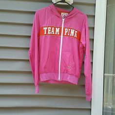 PINK HTF Anorak Lifeguard Jacket Size Medium EUC PINK HTF Anorak Lifeguard Jacket Size Medium  Measurements: Chest flat 19 length 21 hoooded. EUC *PRICE ABSOLUTELY FIRM  unless you bundle* **I'M NOT ACCEPTING OFFERS ON THIS PIECE** PINK Victoria's Secret Jackets & Coats
