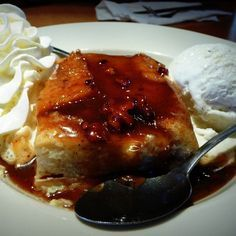 Famous Dave's Bread Pudding with Praline Sauce Recipe