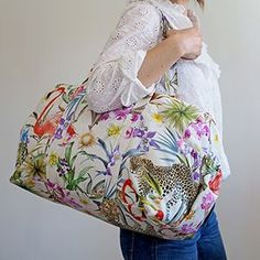 Mon joli sac week-end Coin Couture, Sac Week End, Couture Tops, Market Bag, Sewing, Skirts, Inspiration, Coupon, Tote Bag