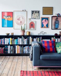 Books and frames | Pinterest: Natalia Escaño