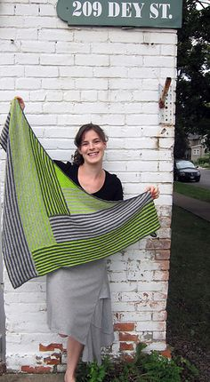 love this shawl!