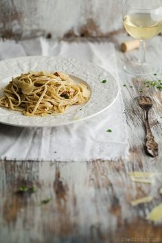 Linguine With Walnut Sauce And Ricotta by mikeyarmish on Flickr.