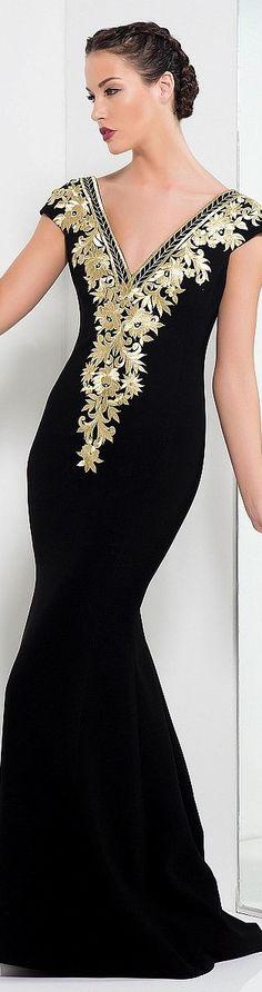 Večerní šaty   černá látka s vyšívanými zlatými růžemi - Edward Arsouni ♥  Elegantní Oblečení 08b00c061b7