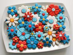 Patriotic Flower Cookie Platter by SweetSugarBelle, via Flickr