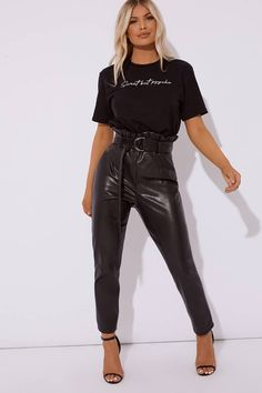 Discover the latest womens summer tops at In The Style. Long Shorts, Cropped Cardigan, Summer Tops, Latest Fashion For Women, Shirt Sleeves, Latest Trends, Black, Black People