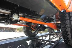 1972 Ford Bronco Custom with Coyote Engine and Transmission. James Duff Long Travel Radius Arms and Bilstein Shocks Classic Bronco, Classic Ford Broncos, Classic Cars, Old Bronco, Early Bronco, Ford F250 Diesel, Extreme 4x4, Off Road Parts, Off Road Suspension