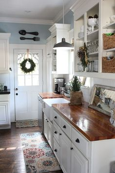7 Proud Clever Tips: Oak Kitchen Remodel Tutorials kitchen remodel industrial woods.Kitchen Remodel Traditional Stove country kitchen remodel on a budget.Kitchen Remodel Must Haves Butcher Blocks. Farmhouse Kitchen Cabinets, Kitchen Redo, New Kitchen, Kitchen Dining, Kitchen White, Kitchen Rustic, Farmhouse Kitchens, Kitchen Shelves, Rustic Cabinets
