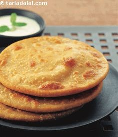Dal Paratha recipe | Indian Recipes | by Tarla Dalal | Tarladalal.com | #1986
