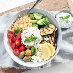 Gezonde pastasalade - Makkelijk recept - Leuke recepten Saveur, Couscous, Cobb Salad, Brunch, Falafels, Smoothie, Food, Food Food, Falafel