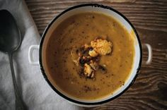 Meet the New Super Soup; Roasted Cauliflower and Turmeric: Roasted Cauliflower and Turmeric Soup