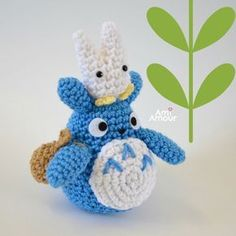 gratis free:Totoro Crochet Pattern I finally got the chance to write up this free amigurumi Totoro crochet pattern. I hope you guys will enjoy! Totoro was first introduced in Hayao Mikazakis animated film My Neighbor Totoro (1988).