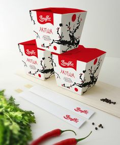 Noodle foodbox for Vlad Co on Behance PD