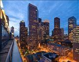 awwwe Great Seattle Luxury Condo options in Downtown Seattle!