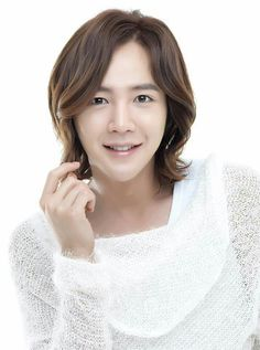 Jang Geun Suk is set to return to our television sets in Group next drama, Beautiful Guy. It is said to be in the same vein as Boys Over Fl… Asian Actors, Korean Actors, Korean Men, Jang Geun Suk, Types Of Foundation, Stretch Mark Treatment, Kdrama, You're Beautiful, Korean Beauty