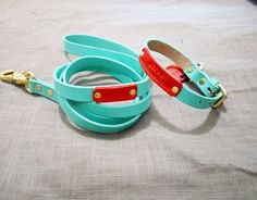 Pastel blue and red? Why not! Pick your color Design your own way! Make it your only own because life is to short to imitate :) p.s. this blue color is running out fast. Grab it now! #leathercollar #leatherdogcollar  #dogharness #harness #sayanganjing #dogcollar #doglead #dogleash #dogtag #pettag #dogaccessories #bajuanjing #kalunganjing #jualanjing #talianjing #kalungkucing #jualkalunganjing #jualdogcollar #leathercraft #dogbandana #bandanaanjing #dogscarf #taganjing #roverpetcollars #pug…