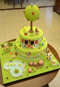 grüne Torte wie eine Farm