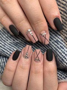 Black Nails Short, Matte Black Nails, Black Nail Art, Glitter Nails, Gel Nails, Acrylic Nails, Manicure, Black Nail Designs, Simple Nail Designs