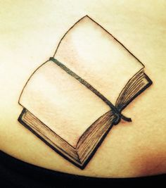 Book And Literary Tattoo Design On Back Shoulder Get A Tattoo, Back Tattoo, Open Book Tattoo, Empty Book, Fresh Tattoo, Tattoo Addiction, Literary Tattoos, 7 Deadly Sins, Little Books