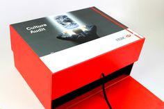 CriativeBox / Projeto especial de caixa personalizada / cliente : Banco HSBC…