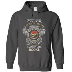 For woman love reading books T Shirt, Hoodie, Sweatshirt