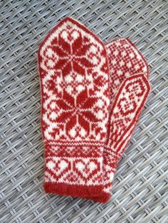 Your place to buy and sell all things handmade Knitted Mittens Pattern, Knit Mittens, Mitten Gloves, Knitting Charts, Baby Knitting, Knitting Patterns, Crochet Patterns, Baby Boy Booties, Norwegian Style