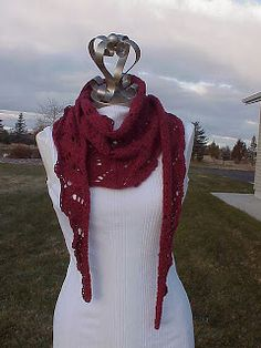 Kriskrafter: Free Pattern! Old Flames Scarf @Anne Bemis teach me how to do this one pleeeeease!