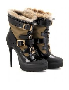 mytheresa.com - Burberry Prorsum - PARKA BUCKLE BOOTS WITH FUR TRIM - Luxury Fashion for Women / Designer clothing, shoes, bags - StyleSays