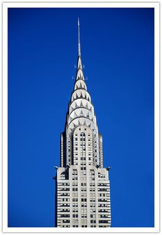 At 1076 ft The Chrysler Building was Tallest building in the world at completion, overtaken by the Empire State Building just one year later. I Love Nyc, Chrysler Building, Amazing Architecture, Willis Tower, Empire State Building, Travel Usa, Places To Travel, New York City, Brooklyn
