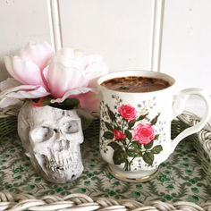 Eclectic and unique, Barbara Anne skull vase by luluncat on Etsy
