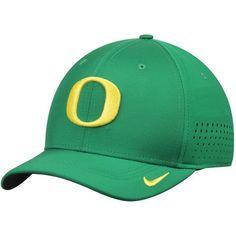 quality design 94754 cc834 Oregon Ducks Nike Sideline Vapor Coaches Performance Flex Hat - Apple Green