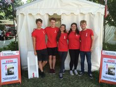 Independent I Newspaper increase distribution and showcase the newspaper to a younger audience by running events at festivals around the UK. Contact field Marketing supply a young hit squad to raise awareness and distribute the newspaper to a younger audience.