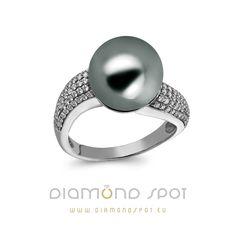 Prsten s Tahitskou perlou a diamanty z butiku Diamond Spot. Gemstone Rings, Wedding Rings, Engagement Rings, Gemstones, Jewelry, Diamond, Enagement Rings, Jewlery, Gems