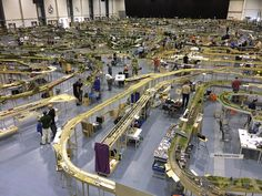 All About Standard Gauge Toy Trains Ho Trains, Model Trains, Lionel Trains Layout, N Scale Layouts, Model Truck Kits, Model Railway Track Plans, Third Rail, Popular Hobbies, Standard Gauge