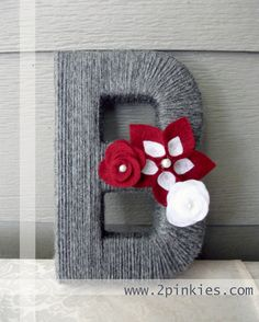 Yarn Letter H for Henry with cream accents Yarn Wrapped Letters, Yarn Letters, Diy Letters, Letter Monogram, Diy Projects To Try, Craft Projects, Craft Ideas, Project Ideas, Craft Gifts