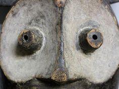 ベンべ族 フクロウのマスク ン・マ