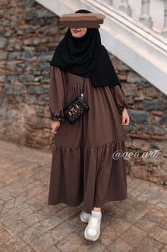 Hijab Fashion Summer, Modest Fashion Hijab, Street Hijab Fashion, Pakistani Fashion Casual, Modesty Fashion, Muslim Fashion, Mode Abaya, Mode Hijab, Mode Outfits