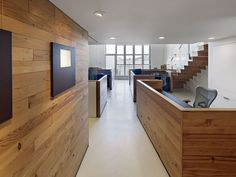 The Offices of Buck O'Neill Builders / Jones | Haydu | ArchDaily
