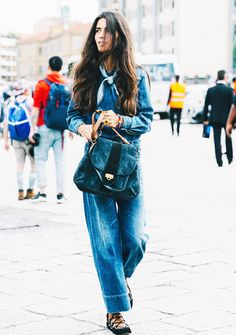 Parisienne: ALL-BLUE LOOK