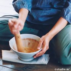 mortier研磨缽L 白/糖二色   STUDIO M' 台灣 Kitchen Tools, Tableware, Ethnic Recipes, Food, Diy Kitchen Appliances, Kitchen Gadgets, Dinnerware, Tablewares, Eten