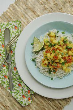 katy she cooks - coconut-lime fish curry delectable-seasonal-eats Fish Recipes, Asian Recipes, Healthy Recipes, Ethnic Recipes, Curry Recipes, Healthy Meals, Clean Eating, Healthy Eating, Fish Curry