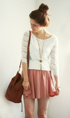 Coral, brown and cream, long pendant and messy bun. I love the warm colours.