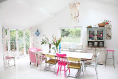 Must See Bright Colourful Home - Heart Handmade