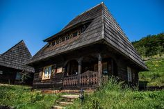 The Raven's Nest is the perfect mountain hideaway designed for outdoor enthusiasts looking for unique accommodation. Plan your trip to Transylvania now! Unique Architecture, Historical Architecture, Smell Of Rain, Transylvania Romania, Hiking Routes, Carpathian Mountains, Greenhouses, Plan Your Trip, Traditional House
