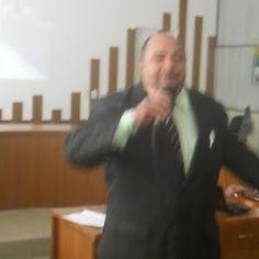 PODIUM CONSULTORIAS, PALESTRAS E TREINAMENTOS.: Procura- se Talentos!